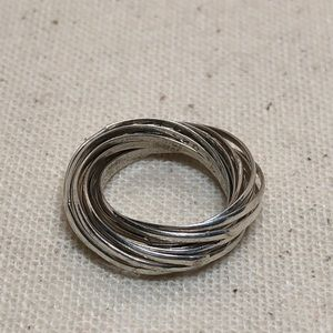 Jewelry - Vintage artisan sterling silver ring size 4